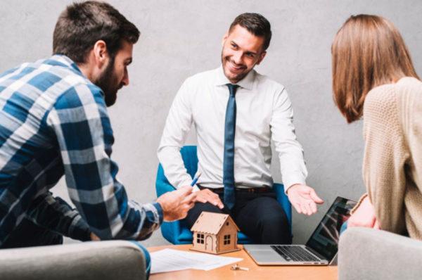 Emlak Brokerı Ne iş Yapar? Emlak Brokerın Özellikleri Nedir?